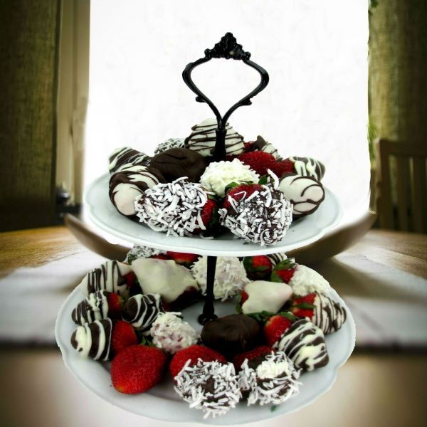 Two Tiered Chocolate Dipped Strawberries