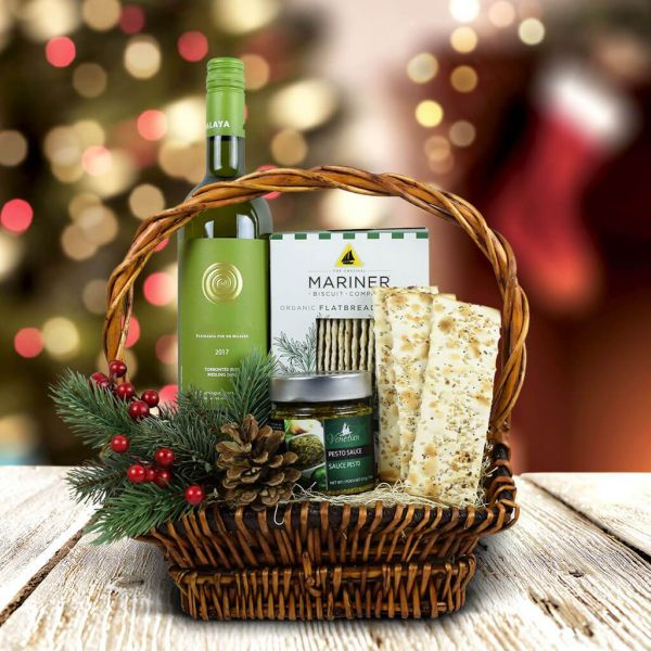 Christmas Crackers & Wine Gift