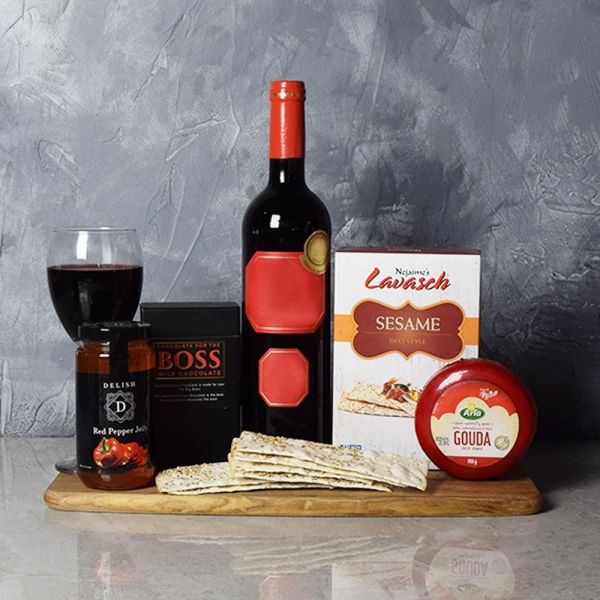 Red Carpet Delight Wine Basket