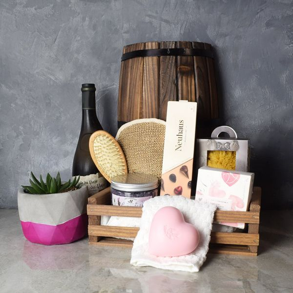 Naturally Luxurious Spa & Wine Gift Set