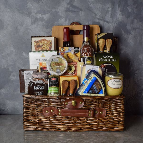 Deluxe Wine & Cheese Gift Basket